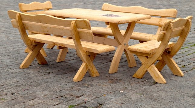 Holzmöbel garten  Rustikale Gartenmöbel aus Holz für Ihren Garten | Naturstamm-moebel.de