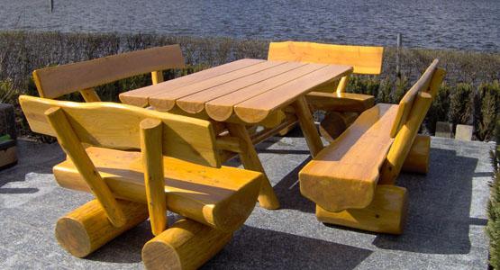 Gartenmöbel Set Mit Gartentisch Und 4 Gartenbänken Aus Holz